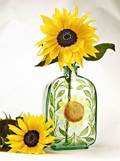 #DIY : Recycled Sunflower Stained Glass Bottle and Vase using Piñata Color + Pearl Ex Powder
