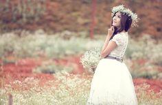 Desktop Backgrounds - bride picture, 2048x1340 (342 kB)