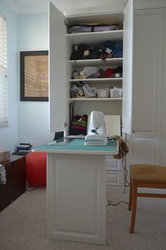 Murphy sewing table - great idea for my craft room