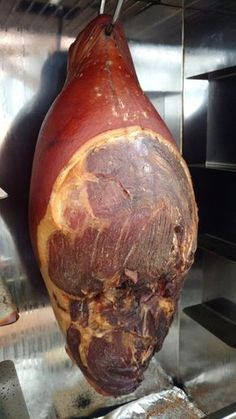 Ham production 14 – Famous Last Words Barbacoa, Barbecue Recipes, Meat Recipes, Shish Kebab, Homemade Smoker, Grilling Sides, Smoking Recipes, Best Meat, Cooking On The Grill
