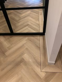 Flat Interior, Classic Interior, Home Interior, Interior Design, Beautiful Interiors, Beautiful Homes, Pvc Flooring, Floor Patterns, Interior Inspiration