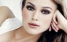 make up look blasse haut pale skin blada skora taint Keira Knightely