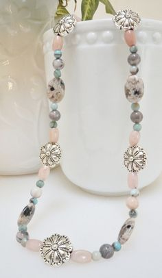 18.5 Natural Stone Beaded Necklace with Silver Tone Metal Flower Accents with a Silver Tone Toggle