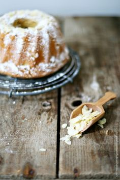 "Mallorquinischer Mandelkuchen ""Gato de Almendra"" – mal als Gugelhupf (zuckerzimtundliebe)"
