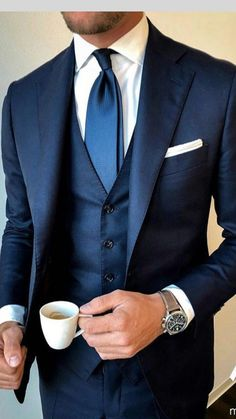 Men's Suits - This is so cool! We love Navy-blue coloured suits. This winter the west is a must and look at the tie, little lighter than the suit and very strong with white shirt. - Most Pin Style Gentleman, Gentleman Mode, Dapper Gentleman, Blue Suit Wedding, Wedding Suits, Wedding Dress, Classy Suits, Cool Suits, Classy Style