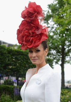 The most bonkers hats from Ascot 2015 - CosmopolitanUK Crazy Hat Day, Crazy Hats, Old Lady Costume, Race Day Fashion, Mad Hatter Costumes, Costumes Kids, Halloween Costumes, Homecoming Spirit Week, Ascot Hats