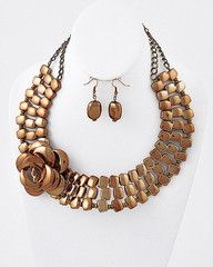Bronzed Beauty Chunky Copper Statement Necklace-$21-Find hot fashion jewellery and statement jewlry at Strike Envy. #jewellery #jewlry
