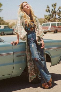 look Boho Maxi Kimono Turquoise Tan Floral quot; One Size Full Length Summer Night Wrap Thin Breezy Bohemian Chic Hippie Style, Mode Hippie, Bohemian Mode, Gypsy Style, Boho Style, 70's Style, Bohemian Summer, Boho Look, Boho Gypsy
