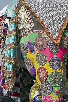 Decorated elephant at the annual elephant festival in Jaipur India Poster. Painted Indian Elephant, Elephant Love, Elephant Art, African Elephant, Painted Elephants, Elephant Paintings, Elephant Photography, Animal Photography, Elefante Hindu