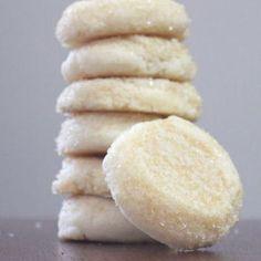 Soft Almond Sugar Cookies Recipe