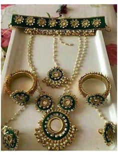 Flower Jewellery For Mehndi, Fancy Jewellery, Thread Jewellery, Fabric Jewelry, Flower Jewelry, Jewellery Shops, Bridal Jewellery, Jewellery Making, Gota Patti Jewellery