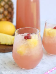 With only 4 ingredients this pink party punch recipe is so easy and is perfect for brunches, showers or really any occasion. This Easy party punch recipe can be made in 10 minutes. 4 ingredients and 10 minutes will get you the perfect brunch party punch Wedding Punch Recipes, Pink Punch Recipes, Easy Punch Recipes, Orange Recipes, Summer Punch Recipes, Brunch Punch Non Alcoholic, Alcoholic Punch Recipes, Alcoholic Drinks, Cocktails