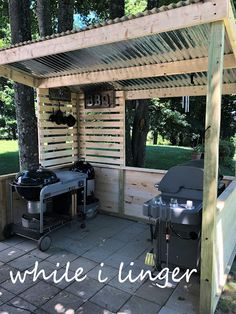 BBQ Shack, barbecue shed/shack – backyard grill Outdoor Bbq Kitchen, Outdoor Grill Area, Outdoor Grill Station, Outdoor Cooking Area, Backyard Kitchen, Outdoor Kitchen Design, Backyard Bbq, Diy Bbq Area, Bbq Diy