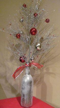 Christmas DIY: christmas-wine-bottl christmas-wine-bottle-decorations #christmasdiy #christmas #diy