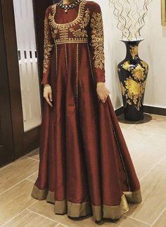 Pakistani Fashion Party Wear, Pakistani Wedding Outfits, Pakistani Bridal Dresses, Pakistani Dress Design, Fancy Dress Design, Bridal Dress Design, Stylish Dress Designs, Frock Design, Beautiful Pakistani Dresses
