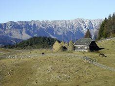 Sus, la munte in the mountains , at Fundatica.