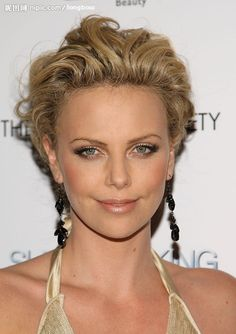 Charlize Theron Super Short Hair   Cool Hairstyles
