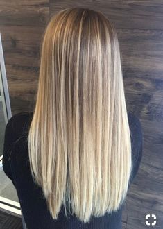Pin von Salma Haris auf ▪hair colorine im Jahr 2019 – Cool Style - Frisuren femme Hair Color Balayage, Blonde Balayage, Hair Highlights, Long Curly Hair, Curly Hair Styles, Balayage Hair Tutorial, Eva Hair, Blonde Hair Looks, Hair Color Pink