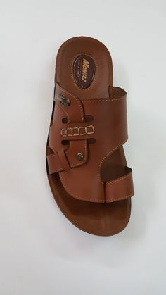 Sandals 2018, Men's Sandals, Hermes Oran, Mens Slippers, Shoes, Fashion, Leather Boots, Kitchens, Moda