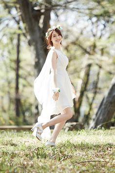 Minah Girl's Day Love Second Album Korean Women, South Korean Girls, Korean Girl Groups, Girl's Day Hyeri, Girls Day Minah, Kpop Girl Bands, Girl Sday, Girl Costumes, Pop Fashion