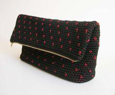 Crochet pattern for polka dot clutch.  | Craftsy