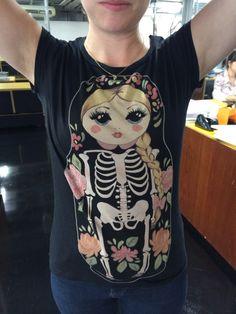 Que tudo!!! Caveira + bonequinha russa = minha nova tatoo