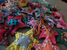 recycle: clothes or leftover bits of fabric into christmas star garland