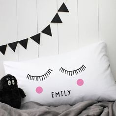 This personalised 'Sleepy Eyes' Pillow case is designed and handprinted in our London Studio.These unique pillowcases will stand out and make that extra touch to any bedroom. It is a great gift for any family member. Please note that the listing is for the pillow case only. Machine Washable up to 30 degrees. Please Do Not Tumble Dry and Iron on ReverseThese unique pillowcases will stand out and make that extra touch to any bedroom. It is a great gift for any family members. Please note that…