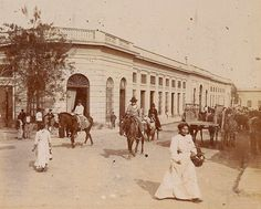 1890's Corrientes. Mercado Neoclassical Architecture, Vintage Architecture, Gaucho, Murcia, Us Images, Tango, Nostalgia, Old Things, Street View