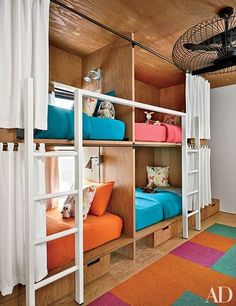 You and your little one will both want to sleep in these playful children's rooms with ultrachic bunk beds