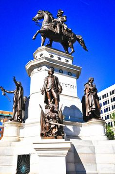 General George Washington Equestrian Monument and notable Virginians on the Virginia Capitol Square Richmond VA by mbell1975, via Flickr