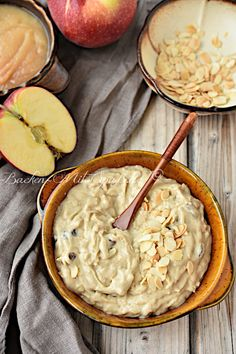Millet pudding with apple - Fit I Love Food, Good Food, Yummy Food, Candy Recipes, Sweet Recipes, Vegan Breakfast Recipes, Vegan Recipes, Good Morning Breakfast, Eat Happy