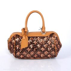 Louis Vuitton Fall Winter 2012 Show BABY Tan replica bagsused louis vuitton Louis Vuitton Trunk, Louis Vuitton Luggage, Buy Louis Vuitton, Louis Vuitton Handbags, Louis Vuitton Speedy Bag, Louis Vuitton Monogram, Replica Handbags, Handbags Online, Handbags On Sale