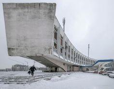 3,311 отметок «Нравится», 13 комментариев — #SOCIALISTMODERNISM (@socialistmodernism) в Instagram: «Lviv Bus terminal Stryiska 109, Lviv, Ukraine Built in 1980 Architect: V. Sahaydakivsky, M.…»