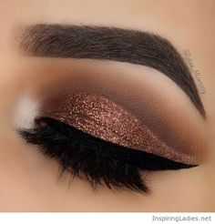 Awesome brown glitter eye makeup | Inspiring Ladies