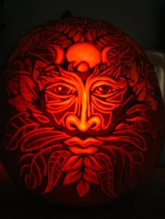 26 Amazing Halloween Carved Pumpkins Plus Pumpkin Facts and How The Name Jack o' Lantern Came About. Pumpkin Carving Pictures, Awesome Pumpkin Carvings, Pumkin Carving, Halloween Jack, Holidays Halloween, Happy Halloween, Halloween Magic, Halloween Goodies, Halloween 2018