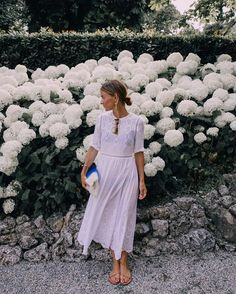 Sourcing outfit inspiration from some beautiful blossoms.