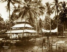 A mosque in Payakumbuh, West Sumatra. Minangkabau, Dutch East Indies, Padang, House Ornaments, Archipelago, Islamic Art, Mosque, Old Pictures, Art And Architecture
