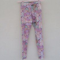 Pantaloni donna Zara,nuovi mai usati,veste largo Depop