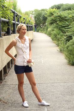 casual preppy summer outfit outfit ideas navy blue and white