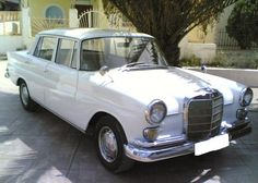 Mercedes-Benz 230 W110 Top Oldtimer
