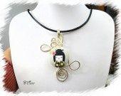 collier cuir noir veritable fil alu kokeshi *CO588 : Collier par lesbijouxdusoleil