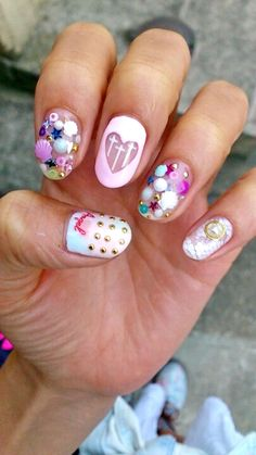 Rainbow nails, pastel nails, fun nails – new ideas 6 Perfect Nails, Gorgeous Nails, Love Nails, Fun Nails, Red Acrylic Nails, Pastel Nails, Nail Art Designs 2016, Kawaii Nails, Nailart