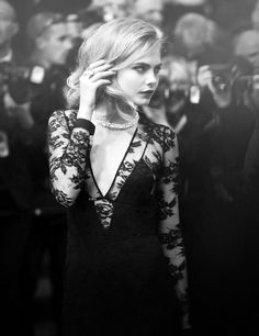 Lace dress, Cara Delevigne #style #fashion #black