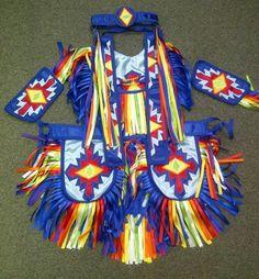 Grass dance Native American Regalia, Native American Dress, Native American Proverb, Native American Patterns, Native American Beading, Pow Wow, Powwow Regalia, Jingle Dress, Nativity Crafts
