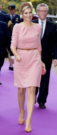 Queen Maxima of the Netherlands officially opened three new operating rooms in the Medical Innovation & Technology expert Center (MITeC) at Radboudumc (Radboud University) in Nijmegen. The Queen wore a Natan dress, Fabienne Delvigne hat and clutch from Namu Lux.