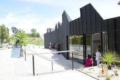 Heide Museum of Modern Art Front Entrance
