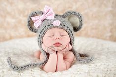 Soooo adorable!  Newborn Mouse Hat .. Valentines day Hat .. Newborn photo prop ... baby hat ... newborn bonnet .. Mouse bonnet .. SIZE NEWBORN. $36.00, via Etsy.