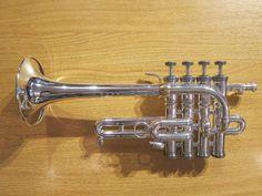 http://www.ebay.it/itm/Stomvi-Master-5781-Piccolo-Trumpet-silver-plate-