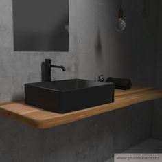 Thanks to its simple appearance and unquestioned functionality, Tondo Basins have that unique ability to be adapted to any demands in any bathroom, be it modern or traditional.